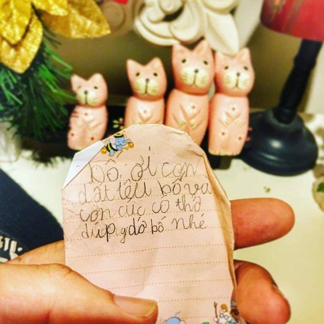 Mẩu giấy nhắn con gái 4 tuổi viết khiến ông bố nhòe mắt, quyết định xăm toàn bộ lên cánh tay - Ảnh 1.