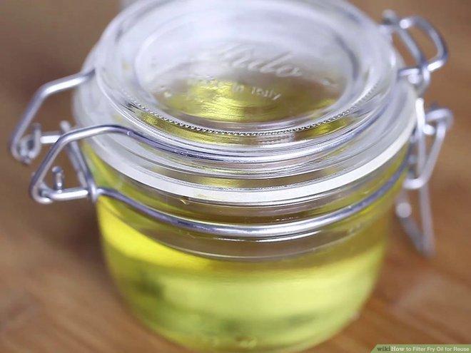 Tái sử dụng dầu ăn an toàn: Làm sai biến dầu thành thuốc độc, làm đúng dùng thêm tới 6 lần - Ảnh 4.