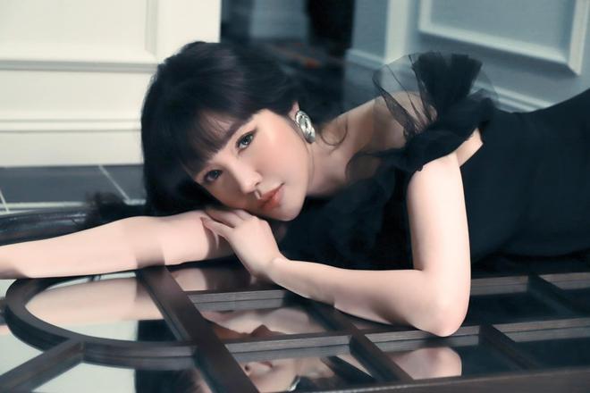 Cuộc sống Elly Trần ở tuổi 33: Suy nhược cơ thể, ngày nào cũng phải uống thuốc trầm cảm liều cao - Ảnh 1.