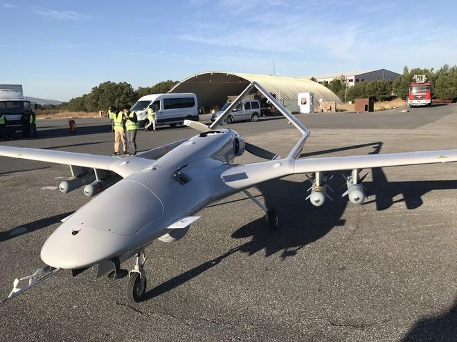 Thổ thừa nhận chuyển UAV cho Azerbaijan đánh Armenia: Ankara trúng đậm từ bán vũ khí - Ảnh 1.