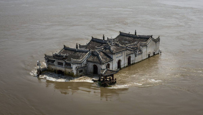 Nguyên nhân nào khiến châu Á hứng chịu lũ lụt kỷ lục năm nay? - ảnh 1