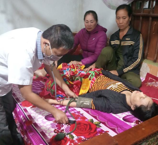 Nỗi đau của người vợ Thiếu tá Đoàn 337 bị núi lở vùi lấp: Chưa kịp đeo khăn tang anh trai, hôm sau phải chịu tang chồng - Ảnh 4.