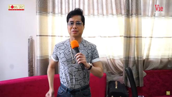 Ngọc Sơn dạy con nuôi Quách Tuấn Du: Phải ăn mặc lịch thiệp, nói có văn hóa - Ảnh 1.