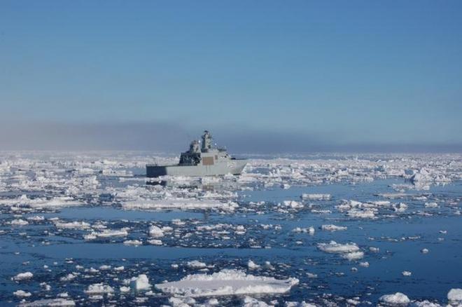 """Greenland trở thành """"hố đen"""" an ninh khi sức hấp dẫn của Bắc Cực gia tăng - Ảnh 1."""