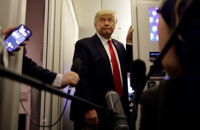 Tổng thống Trump nổi giận, bỏ ngang phỏng vấn - Ảnh 1.