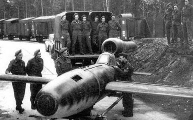 """Bất ngờ về các phi công """"cảm tử"""" của Đức Quốc xã dùng để đối đầu với Hồng quân"""