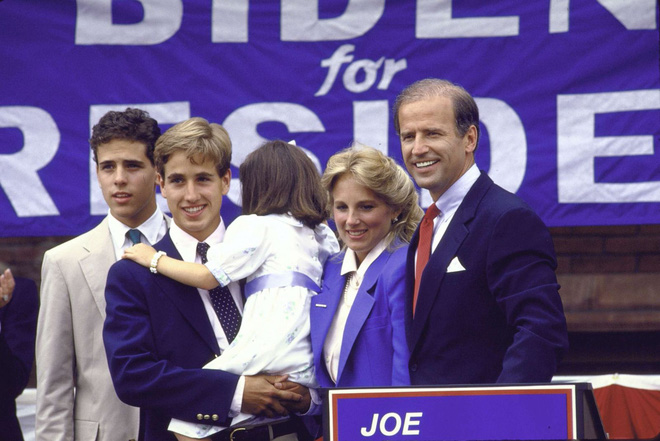 [ẢNH] Cuộc đời thăng trầm của Joe Biden - Ảnh 4.