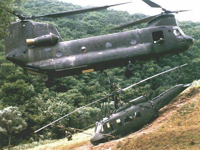 Kỳ tích lịch sử của Bộ đội tên lửa Việt Nam: Một quả đạn hạ 2 máy bay và chiến công diệt 2 tướng địch - Ảnh 2.