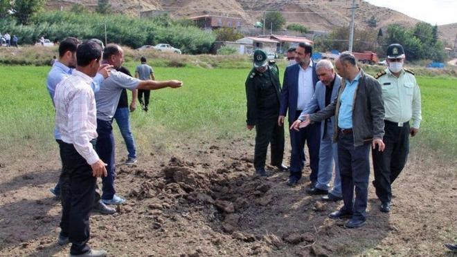 Bị Thổ đe dọa tham chiến, Azerbaijan vây đánh - Armenia liên tiếp khai hỏa tên lửa đạn đạo? - Ảnh 1.