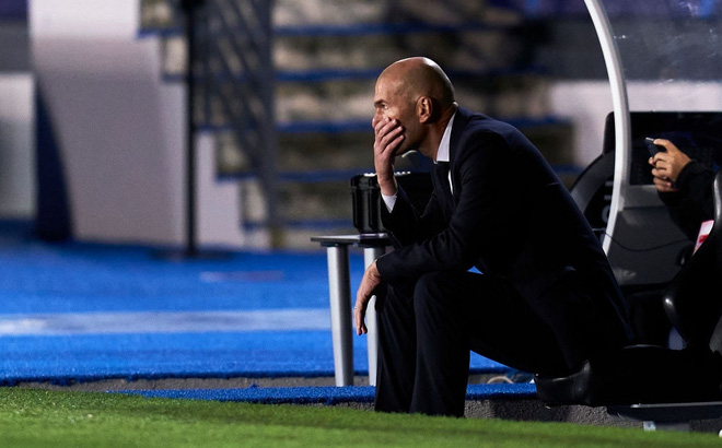 """Real Madrid thua sốc ngay trên sân nhà; Bayern Munich hủy diệt """"binh đoàn hắc ám"""""""