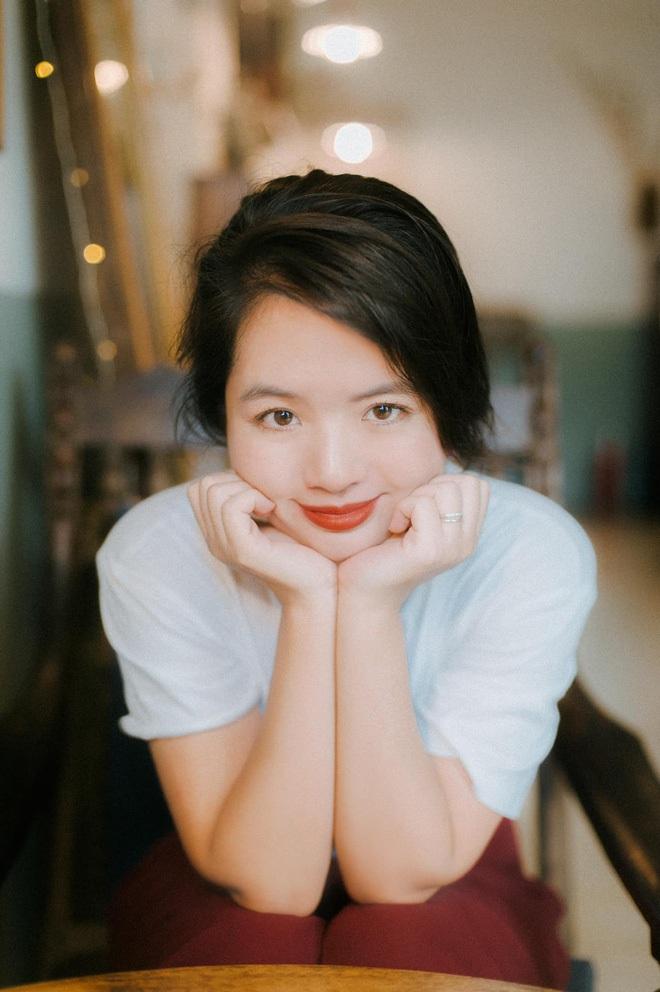Hoá ra con gái hơn 30 tuổi của nghệ sĩ Chiều Xuân chính là nhan sắc đậm chất TVB khiến dân tình xôn xao - ảnh 7