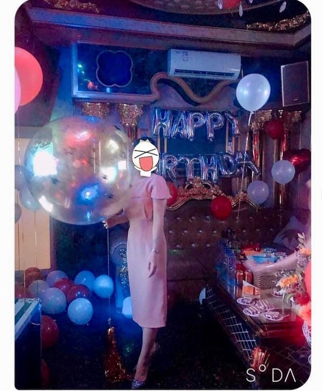 Đăng ảnh tổ chức tiệc sinh nhật, cô gái nhận phản ứng không ngờ từ bạn thân: Tin nhắn gây tranh cãi - Ảnh 1.