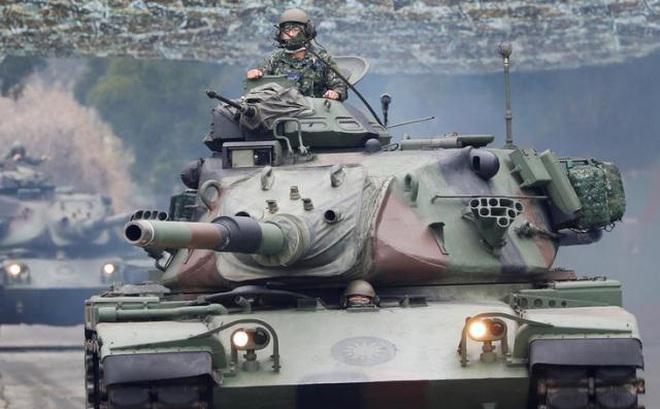 """Vì sao Trung Quốc """"khẩn cấp"""" sửa đổi luật quốc phòng?"""