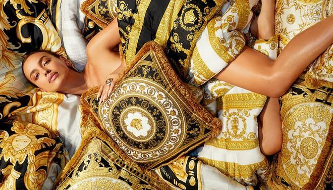 Ngắm thân hình hoàn hảo của mỹ nhân Nga Irina Shayk - Ảnh 2.