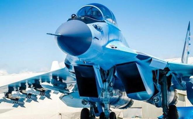 """Tại sao tiêm kích MiG-35 của Nga trông như """"con vịt chết""""?"""