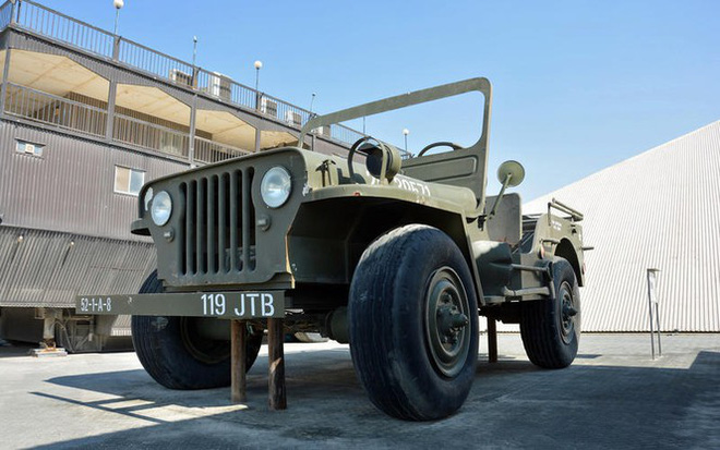 Bộ sưu tập ôtô độc nhất vô nhị của đại gia Ả-Rập - Ảnh 2.