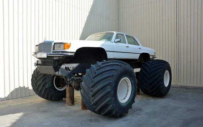 Bộ sưu tập ôtô độc nhất vô nhị của đại gia Ả-Rập - Ảnh 3.