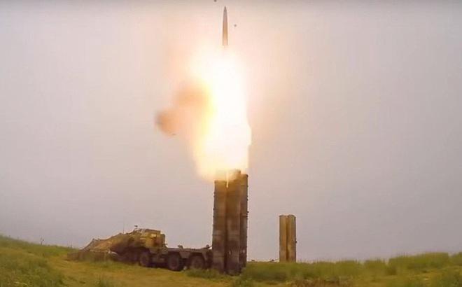 """Thổ Nhĩ Kỳ """"trêu ngươi"""" Mỹ: Dùng S-400 Nga bắn hạ UAV Anh và đưa F-16 vào tầm ngắm"""