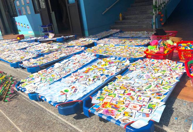 Lũ đi qua, hàng loạt học sinh ở Hà Tĩnh thiếu sách vở đến trường - Ảnh 6.