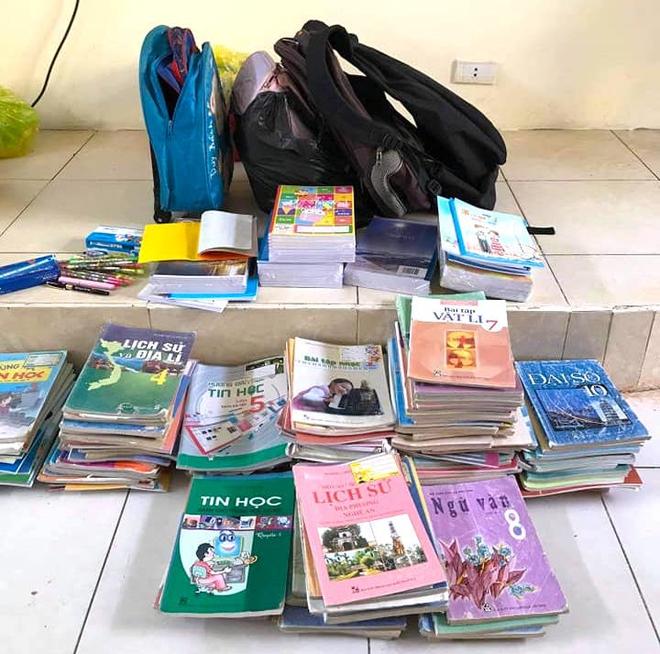 Lũ đi qua, hàng loạt học sinh ở Hà Tĩnh thiếu sách vở đến trường - Ảnh 12.