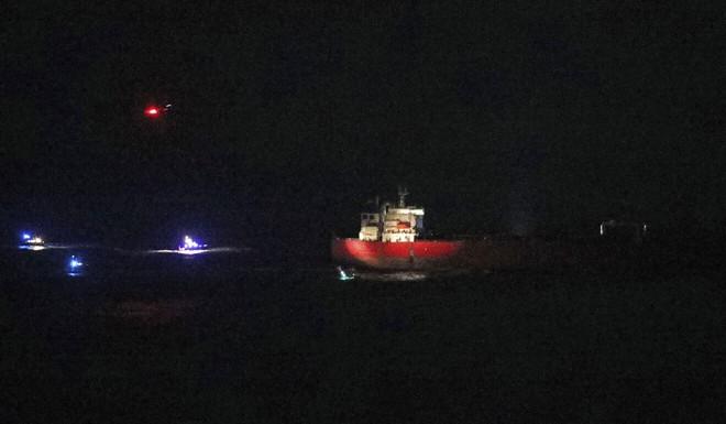 Chiến sự Azerbaijan và Armenia vẫn quyết liệt, Nga đột ngột ra tay - Đặc nhiệm Anh đột kích tàu dầu - Ảnh 1.
