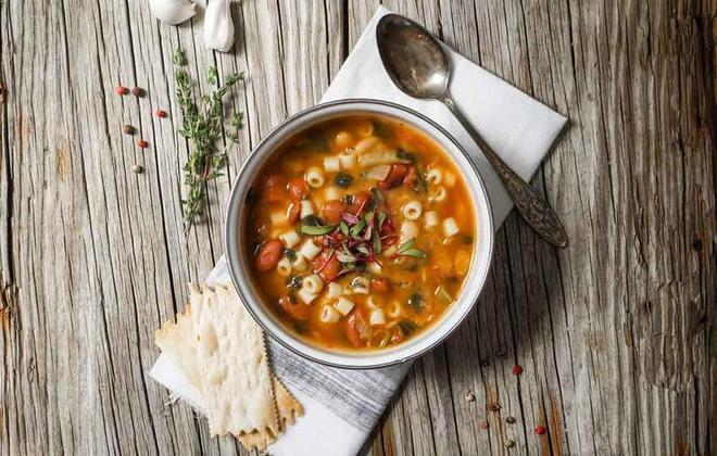 5 loại thực phẩm rút ngắn thời gian mắc cảm cúm - Ảnh 1.