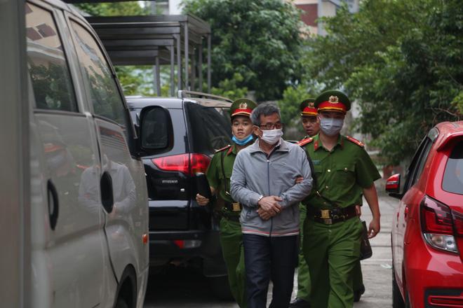 Triệu tập hơn 100 người đến phiên tòa xử đại án thất thoát hơn 1.600 tỷ tại BIDV liên quan ông Trần Bắc Hà - Ảnh 3.