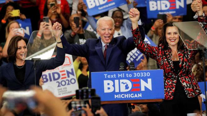 Cuộc so găng Trump-Biden: Kết quả bầu cử Tổng thống Mỹ định đoạt tại 8 bang chiến trường này - Ảnh 2.