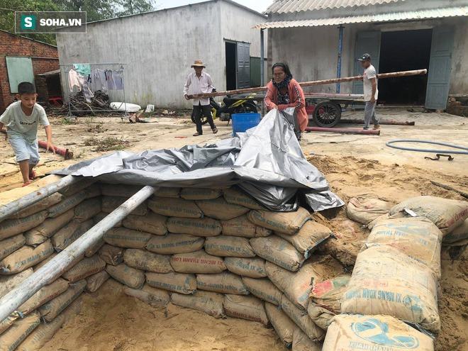 Căn hầm tránh bão số 9 độc lạ, nằm sâu dưới lòng cát của người dân vùng biển Quảng Nam - Ảnh 4.