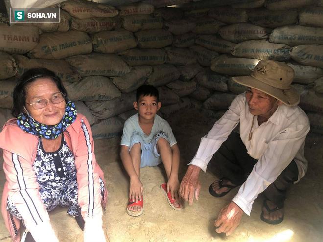 Căn hầm tránh bão số 9 độc lạ, nằm sâu dưới lòng cát của người dân vùng biển Quảng Nam - Ảnh 12.