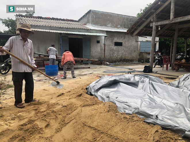 Căn hầm tránh bão số 9 độc lạ, nằm sâu dưới lòng cát của người dân vùng biển Quảng Nam - Ảnh 5.