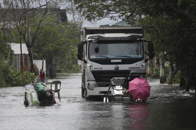Bão Molave gây thiệt hại diện rộng tại Philippines - ảnh 5
