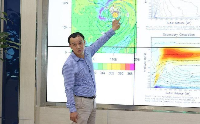 Tối nay bão số 9 sẽ đạt cường độ cực đại, sau đó đổ bộ vào khu vực Quảng Ngãi-Bình Định sáng 28/10