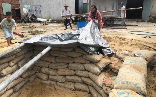 Căn hầm tránh bão số 9 độc lạ, nằm sâu dưới lòng cát của người dân vùng biển Quảng Nam