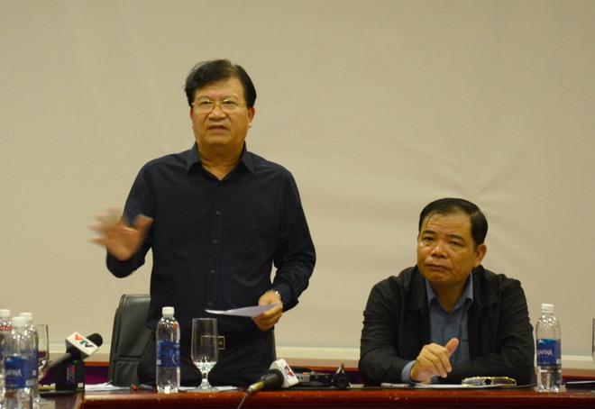 Phó Thủ tướng Trịnh Đình Dũng: Bão số 9 làm tốc mái hầu hết nhà cấp 4, sẽ nguy hiểm hơn khi vào Quảng Nam, Đà Nẵng - Ảnh 1.