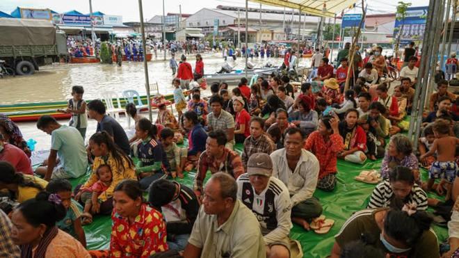 Thủ tướng Hun Sen nêu nguyên nhân lũ lụt lịch sử, chuyên gia nhắc nỗi sợ lớn nhất Campuchia - Ảnh 3.