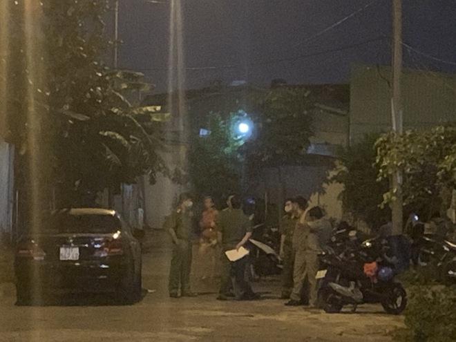 Người phụ nữ tử vong trong khách sạn ở Sài Gòn do bị siết cổ, cướp tài sản - Ảnh 1.