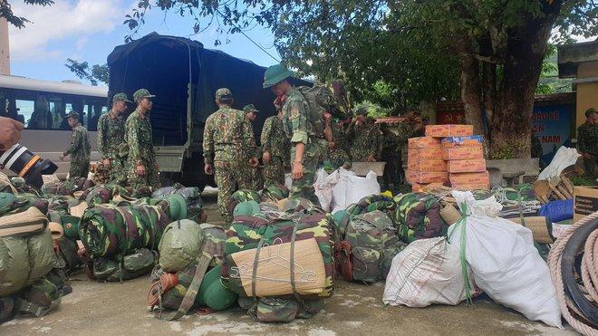 SẠT LỞ Ở QUẢNG NAM: Hiện nay đã tìm thấy 16 thi thể; Cả gia đình Bí thư xã Trà Leng đang mất liên lạc - Ảnh 3.