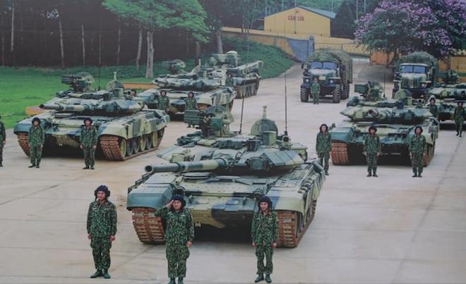 Đại tá Nguyễn Khắc Nguyệt: Việt Nam mua xe tăng hiện đại bậc nhất thế giới - Ảnh 8.