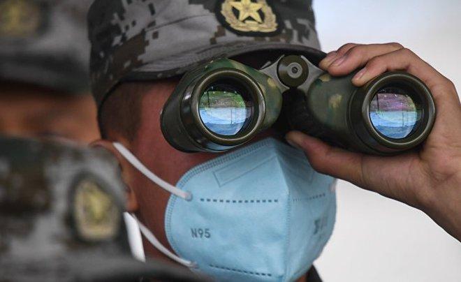 Lính Trung Quốc cấp tốc học lái xe BMP Nga: Điều không tưởng diễn ra quá nhanh! - Ảnh 2.