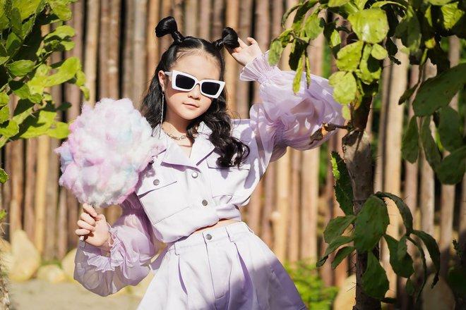 Mẫu nhí Phan Trang Anh xinh đẹp, cá tính - Ảnh 4.