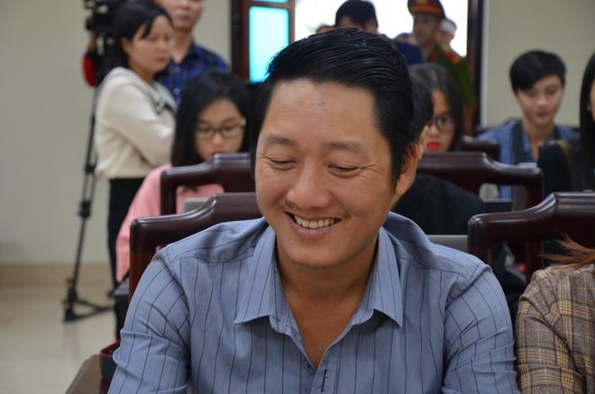 Xử vụ bắt cóc bé 2 tuổi ở Bắc Ninh: Bạn trai bị cáo có mặt tại toà, xin gia đình bị hại thông cảm - Ảnh 3.