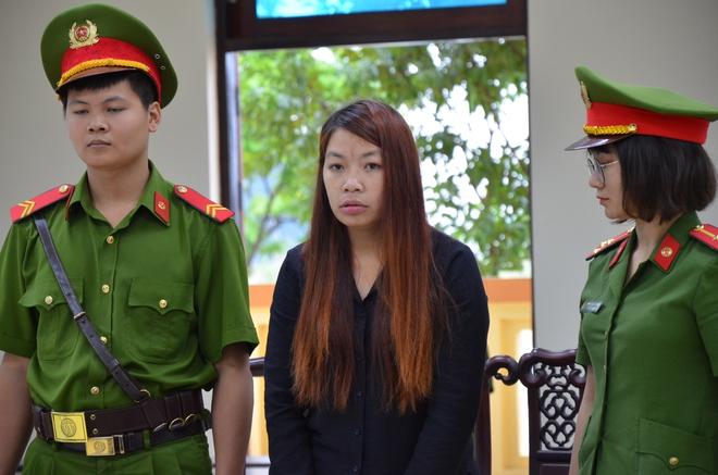 Xử vụ bắt cóc bé 2 tuổi ở Bắc Ninh: Bạn trai bị cáo có mặt tại toà, xin gia đình bị hại thông cảm - Ảnh 8.