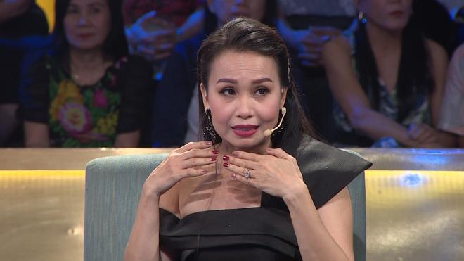 Cẩm Ly: Tiễn Minh Tuyết ra sân bay, tôi về nhà bật khóc - Ảnh 1.