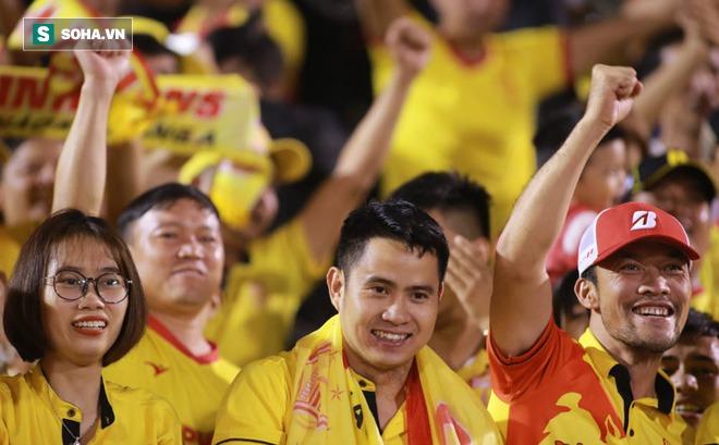 """""""Cách Nam Định trụ hạng giúp V.League đỡ bất công và không mất đi niềm tin"""""""