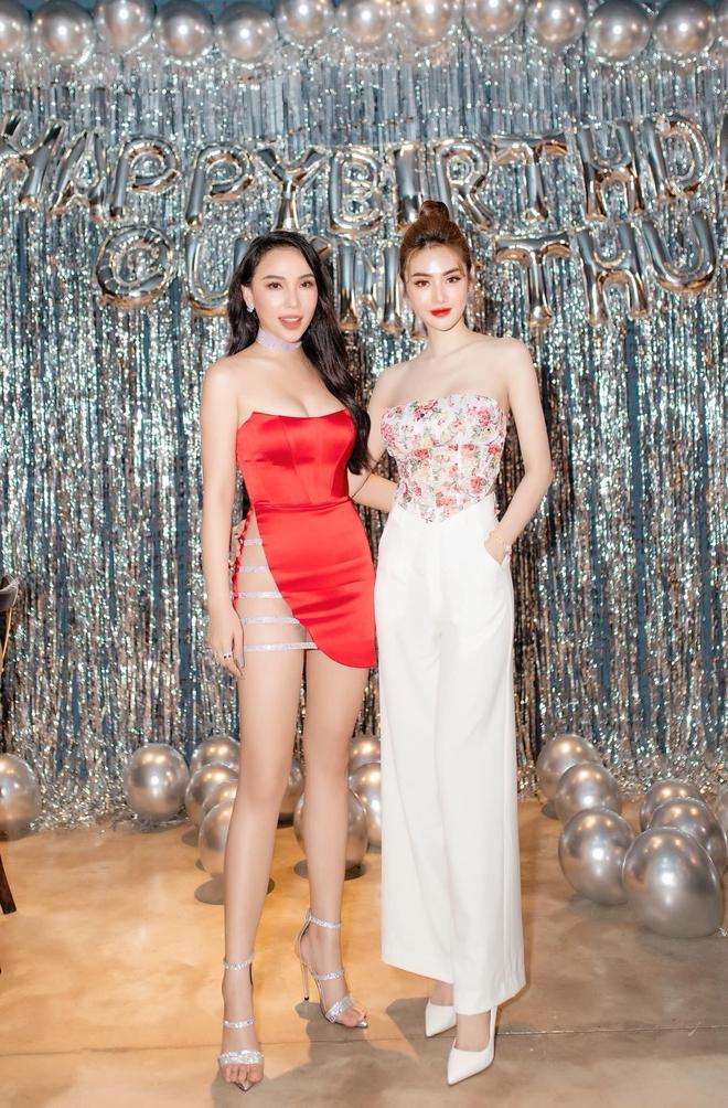 Bạn thân Ngọc Trinh gây tranh cãi khi diện chiếc váy quá táo bạo - Ảnh 4.