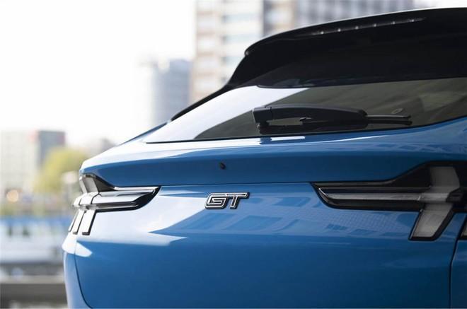 Lộ diện chiếc xe SUV điện có khả năng tăng tốc nhanh nhất hiện nay - Ảnh 2.