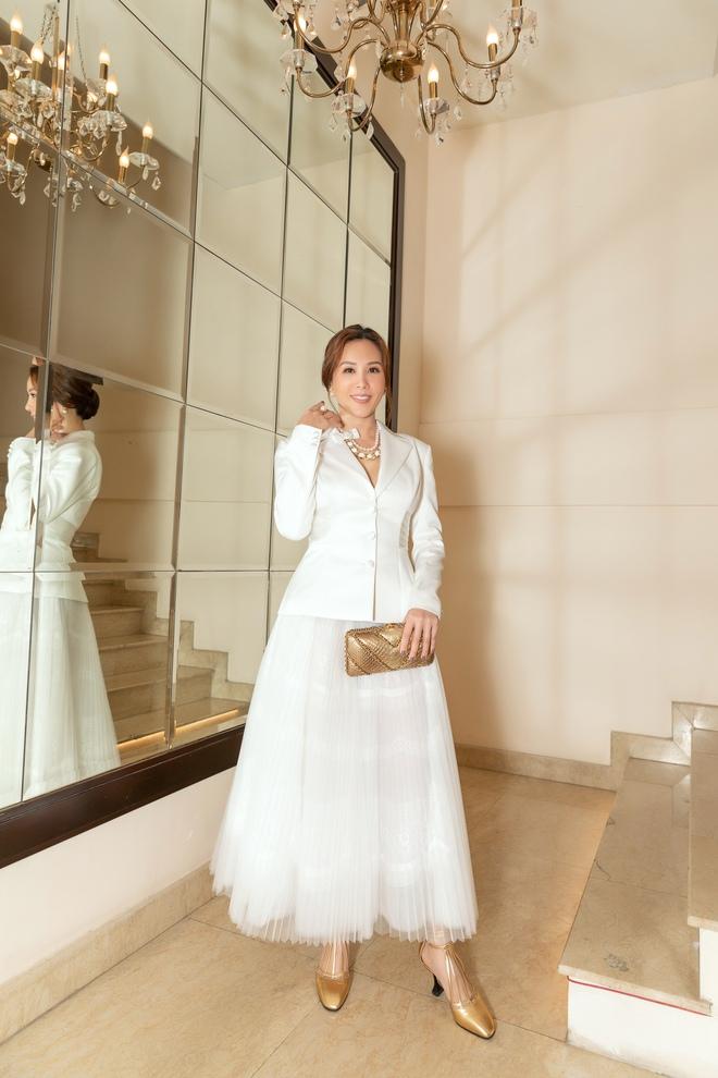 Hoa hậu Thu Hoài bối rối khi bị nhiều người giục cưới sớm - Ảnh 5.