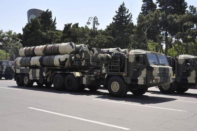 Vì sao cùng sử dụng tên lửa phòng không S-300 nhưng Azerbaijan có lợi thế hơn Armenia? - Ảnh 2.