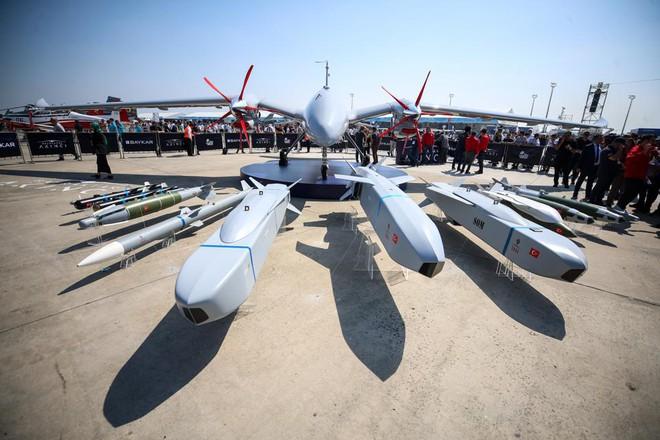 """UAV Thổ Nhĩ Kỳ """"xé nát"""" vũ khí Nga trên khắp các trận địa: Đừng coi thường Ankara! - Ảnh 4."""